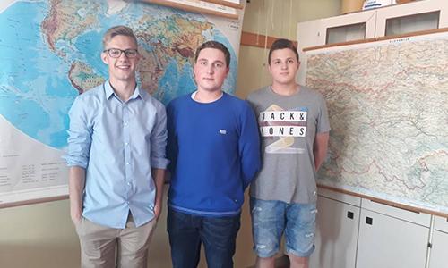 Saša Banfi, Samo Benko in Dominik Majcen so osvojili zlato priznanje na Državnem tekmovanju iz geografije (2017/2018)