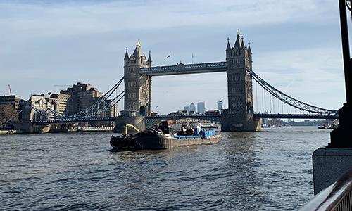 Tower Bridge v Londonu