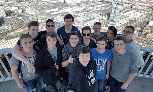182 m od tal, stolp Olmypiaturm v Münchnu