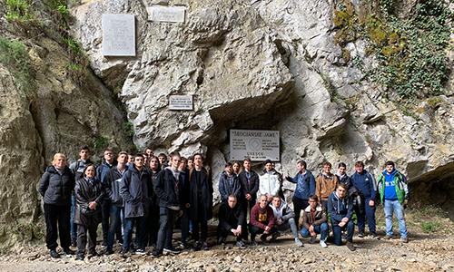 Po prihodu iz prekrasnega podzemlja, Škocjanske jame