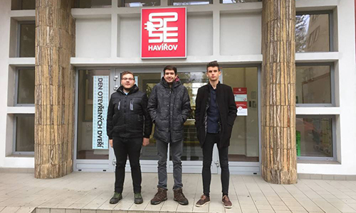 Elektrotehnika in računalničar na mobilnosti na Češkem