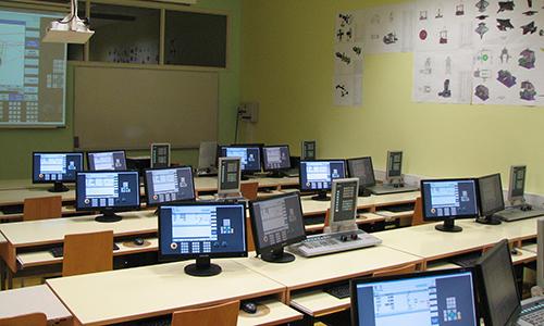 Učilnica za računalniško podprte tehnologije (CAD in CAM)